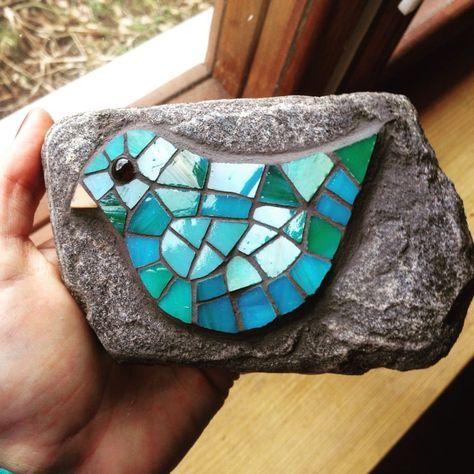 A little green and blue bird mosaic – Mosaic Mosaic Garden Art, Mosaic Tile Art, Mosaic Flower Pots, Mosaic Artwork, Mosaic Glass, Stained Glass, Glass Art, Mosaic Rocks, Mosaic Stepping Stones