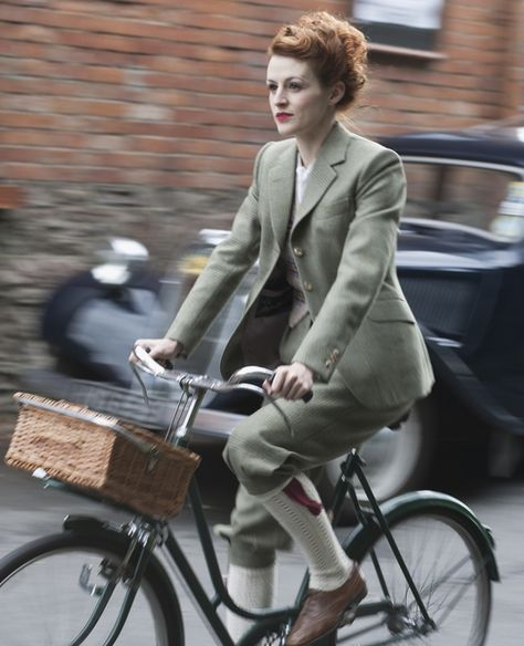Tweed Cycling jacket and plus fours by ANNIKA JOAN CASWELL in 2009  Photograph by NICK CLEMENTS  http://mensfilearchiveblog.com