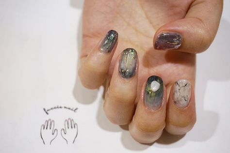 gel fuccis_nail on Instagram...
