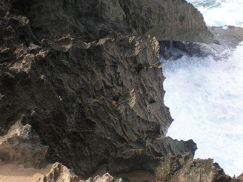 Razor-sharp rock, Laie Point