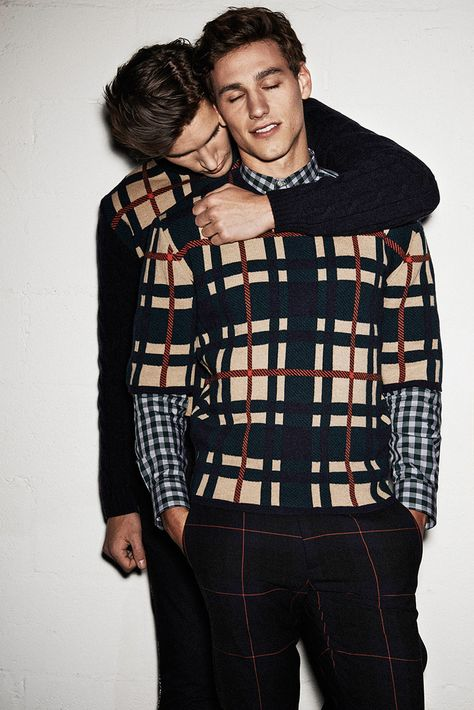 MSGM unveiled its Fall/Winter 2014 campaign featuring Mariano Ontanon and Dominik Bauer captured by Giampaolo Sgura.