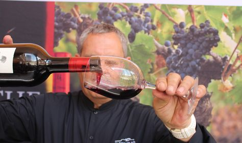 250 Ideas De Publicaciones Vinummedia Com Historia Del Vino Embalaje De Botellas Partes De La Misa