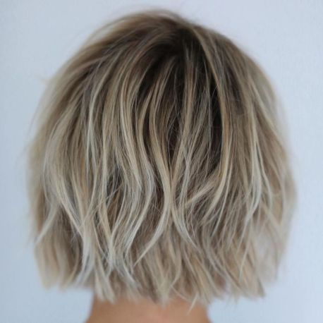 Tousled Blonde Bob Hairstyle In 2020 Blonde Bob Hairstyles Choppy Bob Hairstyles Bob Hairstyles