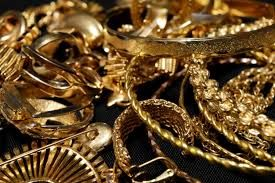 24 Karat Gold Rate Today 5 Gram Gold Coin Price Gold Price Chart 10 Years Gold Rate In Usd Gold Rate Year Wise Gold Sellin In 2020 Scrap Gold Sell Gold Gold Coin Price