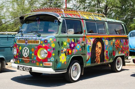 Hippie Volkswagen Van jigsaw puzzle in Cars & Bikes puzzles on TheJigsawPuzzles.com