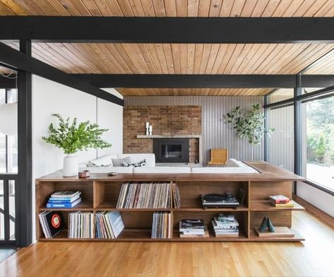 Hillside Midcentury Receives A Modern Update By Shed Architecture