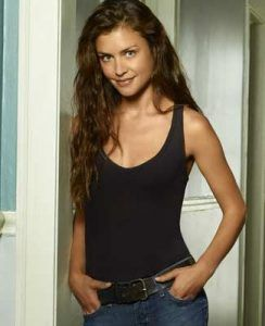 Hannah Ware Hannah Ware Husband Hannah Ware Jessie Ware Hannah Ware Movies And Tv Shows Jesse Jenkins Hannah Ware Hannah Ware Fashion Fashion Wear Women