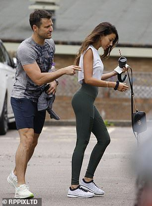 Michelle Keegan Sizzles As She Joins Husband Mark Wright At The Gym In 2020 Michelle Keegan Mark Wright Picnic Outfits