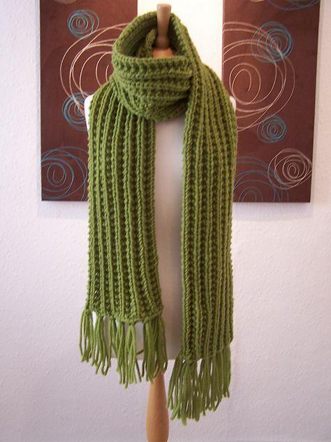 Free Pattern: Winter Warmer Scarf by Christine Downie