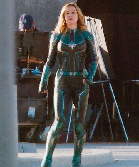 """Картинки по запросу """"captain marvel movie suits"""""""
