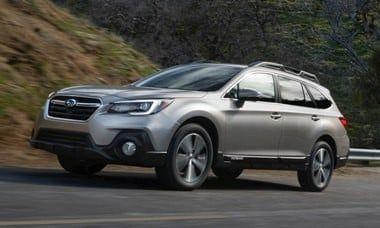 2018 Subaru Outback Vs 2018 Toyota Rav4 Comparison Kelley Blue Book Subaru Outback Subaru Forester Subaru