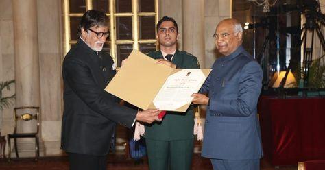 Amitabh Bachchan receives Dada Saheb Phalke Award by President Ram Nath Kovind Amitabh Bachchan, Dada Saheb Phalke Award, Ram Nath Kovind #Amitabh_Bachchan, #News, #Ramnath_Kovind #Amitabh_Bachchan, #Dada_Saheb_Phalke_Award, #Ram_Nath_Kovind