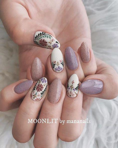 Manami Shikada ☾さんはInstagramを利用しています:「@moonlit_bymananails 発売中の @nailmax_official