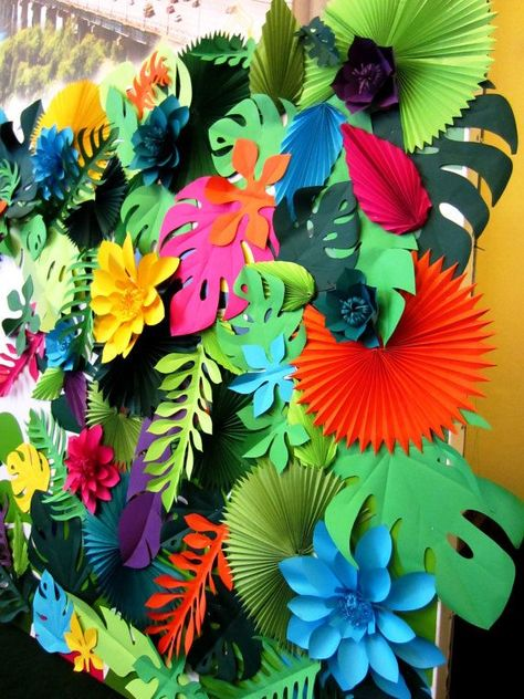 Hawaiian Party Paper Leaves and Flowers Backdrop