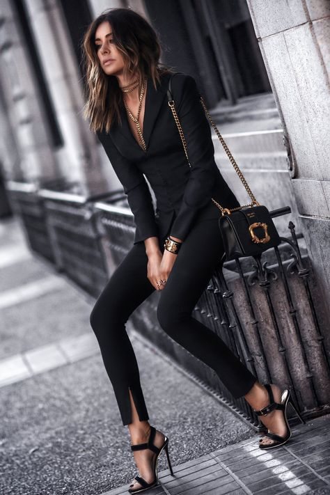 Professional Summer Outfits Ideas You Will Totally Love 11 all black outfit