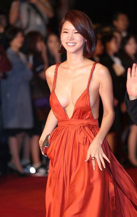 Korean Actress Oh In Hye Wearing Sexy Orange Dress | Imron