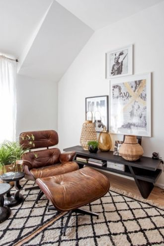 Mid Century Furniture These Eames Chair Lounge Is Exactly What You Need In Your Mid Centu Eames Chair Living Room Lounge Chairs Living Room Living Room Chairs