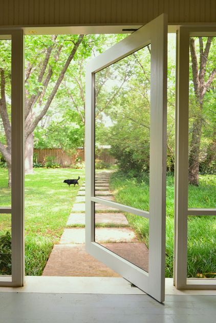 Pivoting Screen Door For A Modern Slant On The Screen Door Use Specialized Screened Porch Doors House With Porch Porch Windows