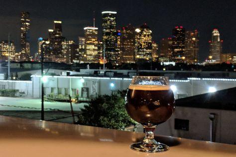 Buffalo Bayou Brewing S Opening Weekend Is A Hit Brewery Tours Buffalo Bayou Brewery