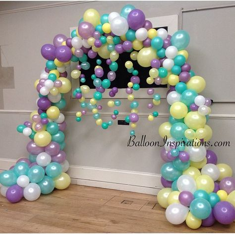 I like new twists to old designs... #balloonarch #balloondecorations #brighton…