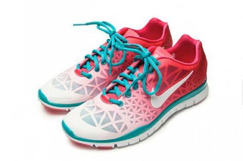 5ddb8a2682548 NIKE FREE TR FIT 3 (NAGOYA WOMENS MARATHON) - Sneaker Freaker ...