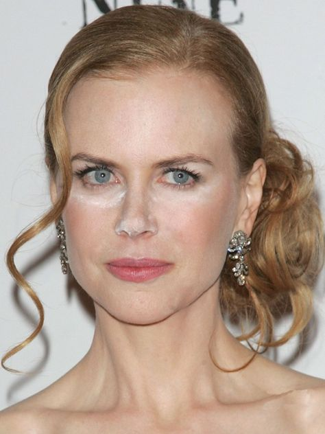Nicole Kidman powder face No offense, but youre probably making one of these 7 mistakes with your foundation