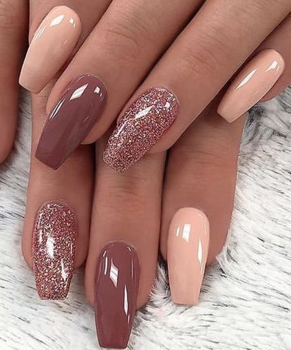 Sparkle and Shine Into 2019 With These 29 Gorgeous Nail Ideas : Page 29 of 29 : Creative Vision Design