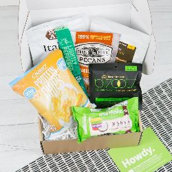 Sugar Smart Box Is A Monthly Subscription Box That Delivers Low Sugar Low Carb Diabetic Diet Frie Low Sugar Protein Bars Gifts For Diabetics Sugar Free Candy