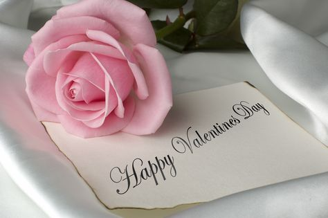 Romantic Gifts Valentines Day - The Marvelous Rose Fragrance ...