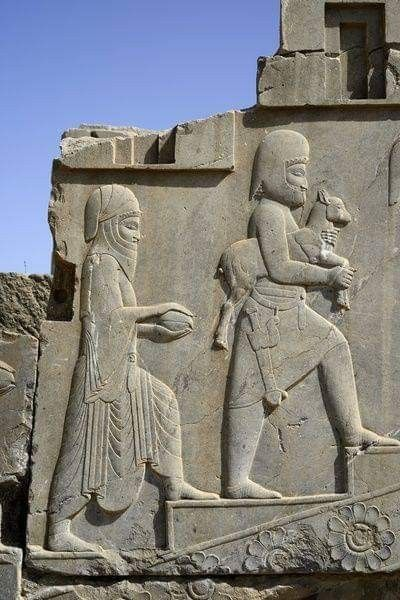 Goat And Present Bearer On The Steps Of Persepolis Shiraz Iran In 2020 Ancient Persian Ancient Mesopotamia Ancient Persia