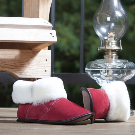 1e9b80efa5e3 THE FIRST-EVER GARNEAU SLIPPER  WHERE THE LOVE FOR COMFY FEET BEGAN These  are the ultimate Garneau slippers. Our high-cut sheepskin slippers for men  and ...