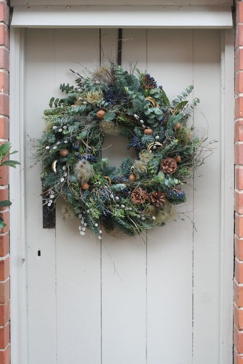 If you want that #divine #Christmassy #smell of a real #wreath, get this #gorgeous, #luscious, #handmade #wreath #delivered right to your door. No one need know you didn't slave away making it yourself. Find out where it's from in our #Christmas #wreaths feature.