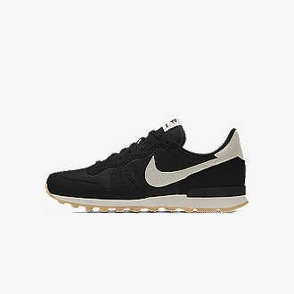 Nike Internationalist Low iD Shoe. Nike