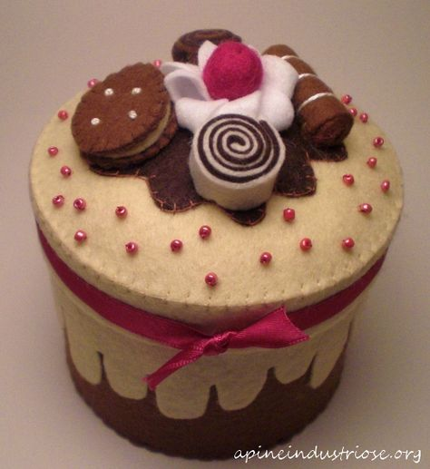 Felt cake- What if the wedge pieces were inside so Katie could take them out and serve them?
