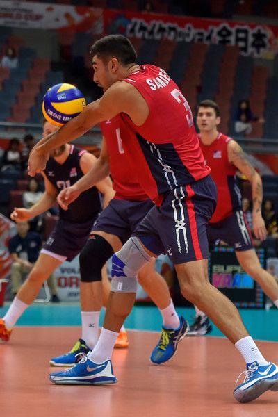 Taylor Sander Photos Photos Usa V Tunisia Fivb Men S Volleyball World Cup Japan 2015 In 2020 Mens Volleyball World Cup Volleyball