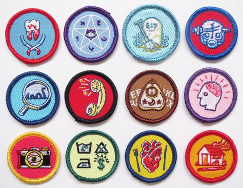 HP Craftalong ~Summer Semester 2012~ Star Wars merit badges - hand sewn  from felt. | Felt Crafts For Kids | Pinterest | Merit badge, Hand sewn and  Badges