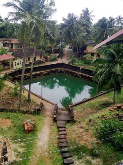 Kerala Traditional House With Pond Kerala Architecture Kerala Traditional House Kerala Tourism