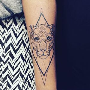 Image Result For Geometric Female Lion Tattoo Wrist Tattoos For Guys Leg Tattoos Tattoos For Guys