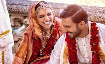 Deepika Padukone And Ranveer Singh S Wedding Pics Stunning Karan Johar S Reactions Priceless Wedding Pics Deepika Padukone Indian Wedding Garland