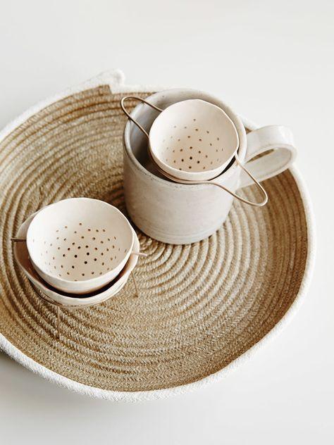 Adorable porcelain tea strainers - Guild of Objects Ceramic Cups, Ceramic Pottery, Ceramic Art, Ceramics Pottery Mugs, Slab Pottery, The Design Files, Design Blog, Type Design, Design Design