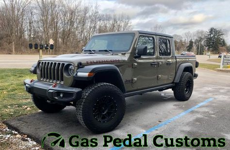 Pin By Wesley Largent On Jeep Gladiator In 2020 Jeep Gladiator Jeep Gear Jeep