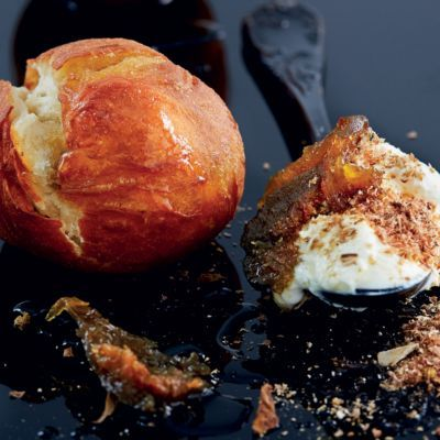 Vetkoek With Biltong Cream Cheese And Preserved Figs Woolworths Taste Recipe Biltong Recipes Food