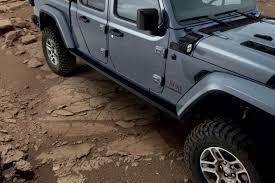 Jeep Performance Parts Rock Rails By Mopar 20 Gladiator Jt 18 19 Wrangler Jl Jeep Performance Parts Performance Parts Jeep