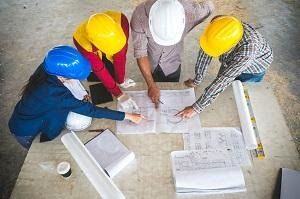 In The Past A Couple Of Decades Ago Women Played Only A Minor Role In The Building Industry But Today More A In 2020 Construction Jobs New Things To Learn Construction