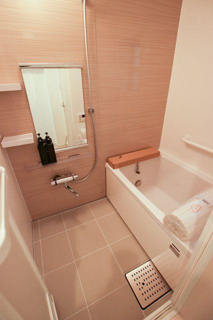 浴室はタカラスタンダードさんの 浴室をまるごと保温材で包む