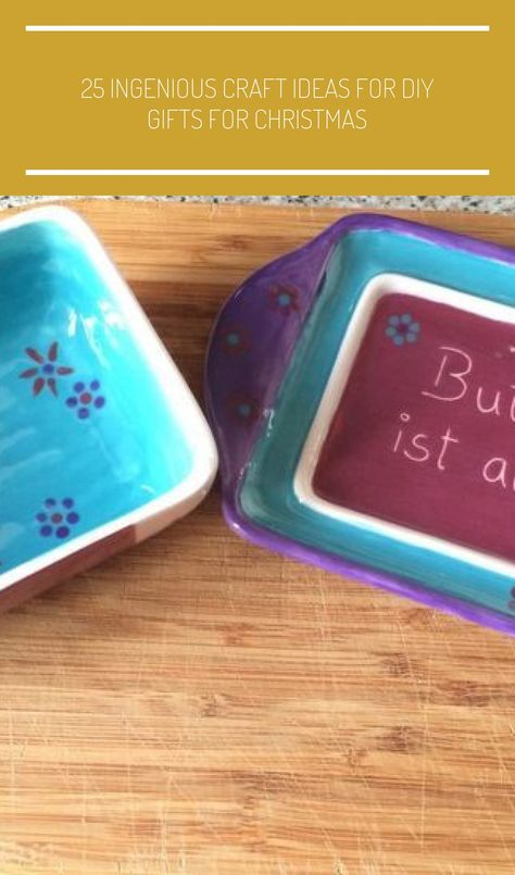 The world's most beautiful butter dish - Purple Strawberry #beautiful #butter #purple #strawberry #world #keramik bemalen butterdose 25 ingenious craft ideas for DIY gifts for Christmas - Ceramic | 2019