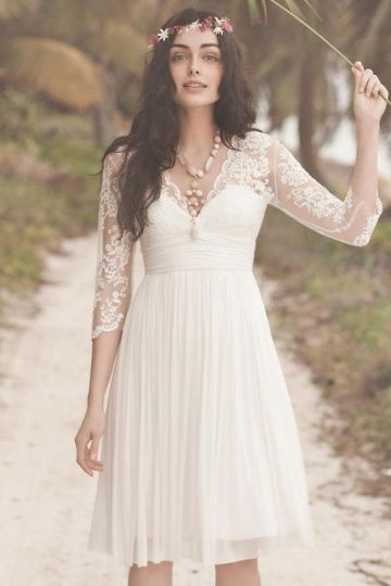 Robe de mariée courte à manche dentelle bohème mi longue