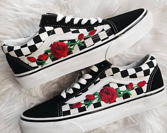 4d32769ca4c218 Rose Buds Checkered Unisex Custom Rose Embroidered-Patch Vans Old-Skool  Sneakers