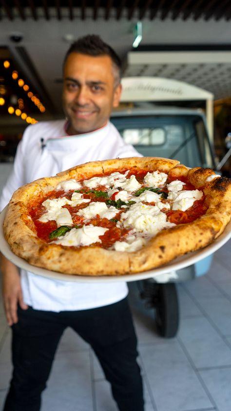 How to Make NEAPOLITAN PIZZA DOUGH | Neapolitan Pizza Recipe Pizza Napolitaine, Pizza Chef, Pizza Maker, Good Pizza, Neapolitan Pizza Dough Recipe, Neopolitan Pizza, Best Pizza Dough Recipe, Wood Fired Pizza Dough Recipe, Italian Pizza Dough Recipe