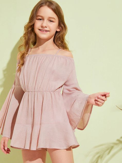 To find out about the Girls Cold Shoulder Flounce Sleeve Romper at SHEIN, part of our latest Girls Jumpsuits ready to shop online today!